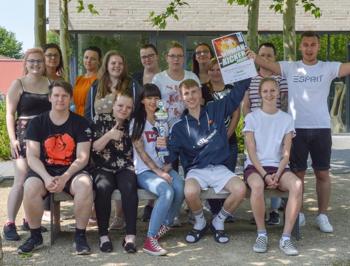 Schüler gewinnen Human Kicker Turnier